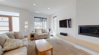 Photo 4: 10126 89 Street NW in Edmonton: Zone 13 House Half Duplex for sale : MLS®# E4245015