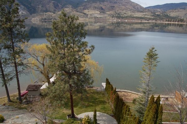 Photo 34: Photos: 4021 Lakeside Road in Penticton: Penticton South Residential Detached for sale : MLS®# 136028