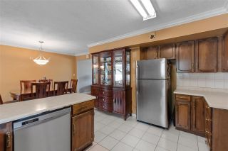 Photo 9: 980 WINSLOW Avenue in Coquitlam: Central Coquitlam House for sale : MLS®# R2589870