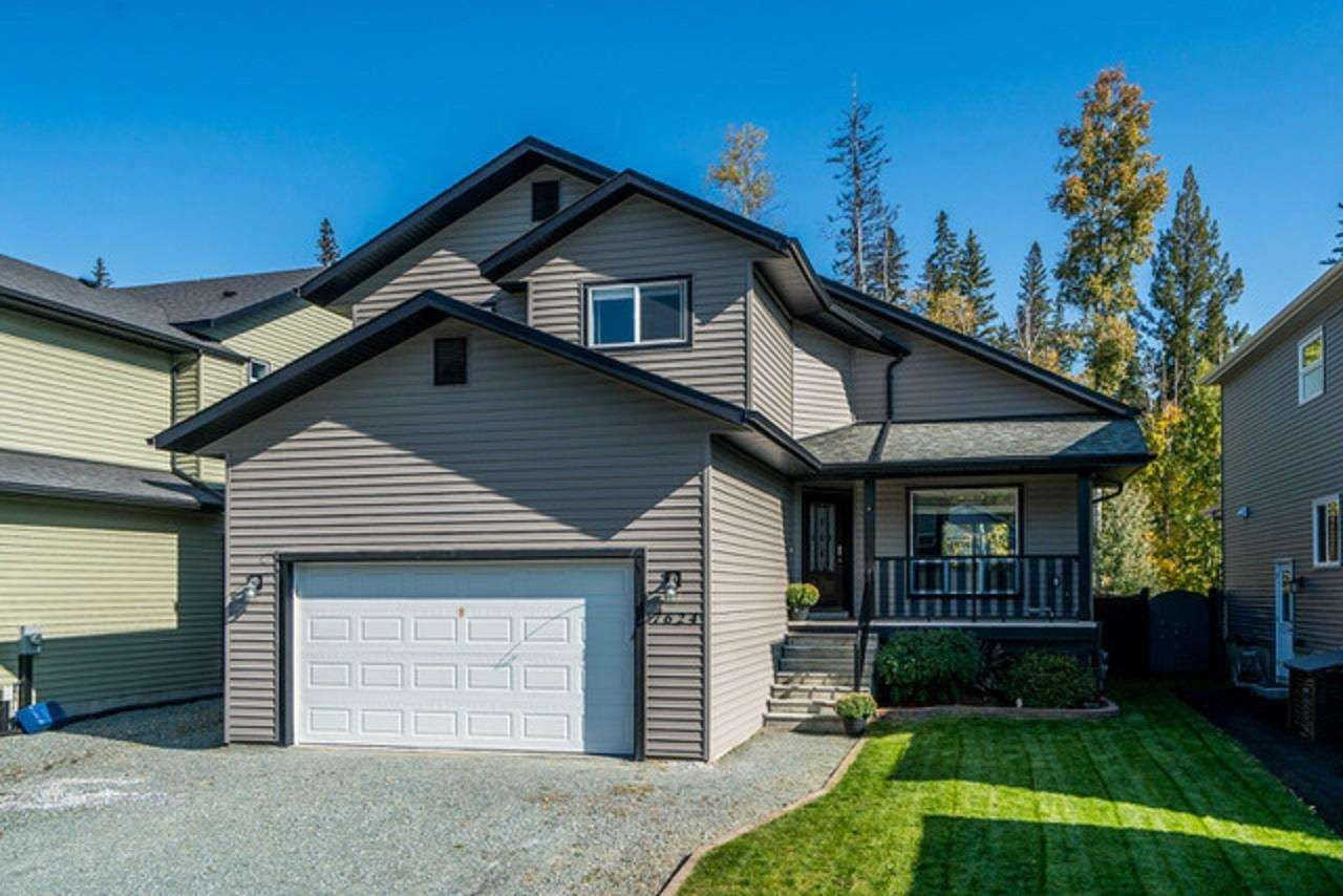 Main Photo: 7624 CREEKSIDE Way in Prince George: Lower College House for sale (PG City South (Zone 74))  : MLS®# R2572181