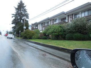 "Photo 16: 205 1360 MARTIN Street: White Rock Condo for sale in ""West Winds"" (South Surrey White Rock)  : MLS®# R2137968"