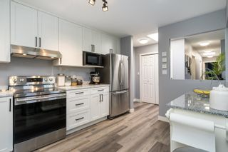 """Photo 9: 303 5909 177B Street in Surrey: Cloverdale BC Condo for sale in """"Carriage Court"""" (Cloverdale)  : MLS®# R2617763"""