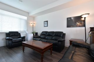 "Photo 3: 35 34230 ELMWOOD Drive in Abbotsford: Abbotsford East Townhouse for sale in ""TEN OAKS"" : MLS®# R2496403"