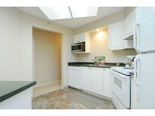 """Photo 6: 110 2551 PARKVIEW Lane in Port Coquitlam: Central Pt Coquitlam Condo for sale in """"THE CRESCENT"""" : MLS®# V1041287"""