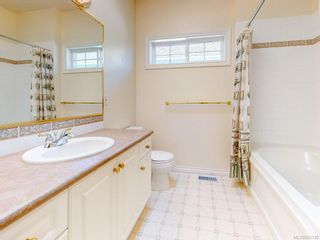 Photo 13: 7989 Simpson Rd in : CS Saanichton House for sale (Central Saanich)  : MLS®# 855130