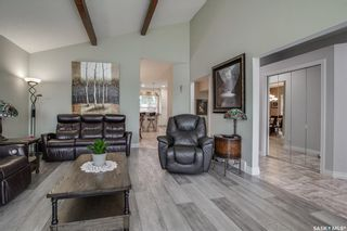 Photo 6: 327 Whiteswan Drive in Saskatoon: Lawson Heights Residential for sale : MLS®# SK870005
