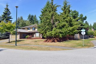 """Photo 4: 13345 18A Avenue in Surrey: Crescent Bch Ocean Pk. House for sale in """"Chatham Woods"""" (South Surrey White Rock)  : MLS®# F1419774"""