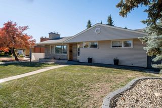 Photo 5: 279 Lynnwood Way NW in Edmonton: Zone 22 House for sale : MLS®# E4265521