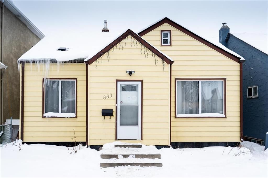 Main Photo: 860 McDermot Avenue in Winnipeg: West End Residential for sale (5A)  : MLS®# 202001298