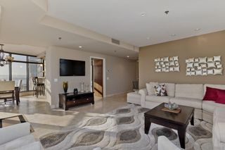 Photo 8: DOWNTOWN Condo for sale : 2 bedrooms : 200 Harbor Dr #2402 in San Diego