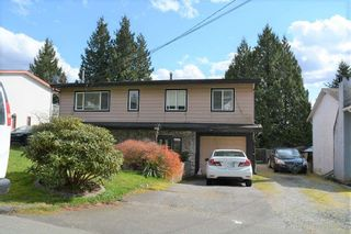 Photo 1: 33338 13TH AVENUE in Mission: Mission BC House for sale : MLS®# R2563788