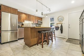 """Photo 9: 10 870 W 7TH Avenue in Vancouver: Fairview VW Townhouse for sale in """"Laurel Court"""" (Vancouver West)  : MLS®# R2594684"""