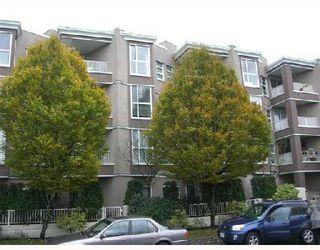 "Photo 9: 306 1688 E 8TH Avenue in Vancouver: Grandview VE Condo for sale in ""LA RESIDENZA"" (Vancouver East)  : MLS®# V743696"
