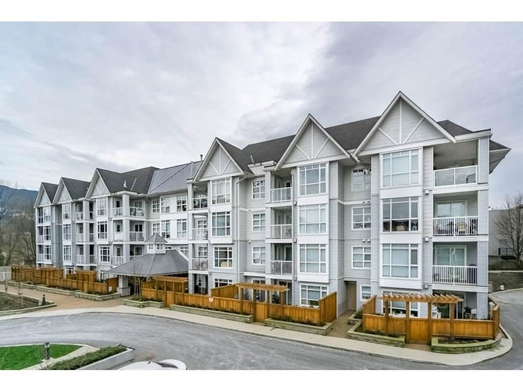 Main Photo: 201 3148 ST JOHNS STREET in Port Moody: Port Moody Centre Condo for sale : MLS®# R2387376