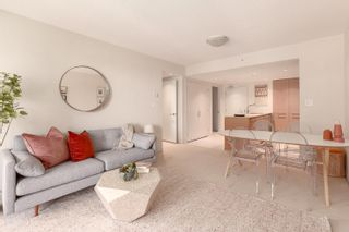 Photo 1: 504 522 W.8th Avenue in Vancouver: Fairview VW Condo  (Vancouver East)  : MLS®# R2603015