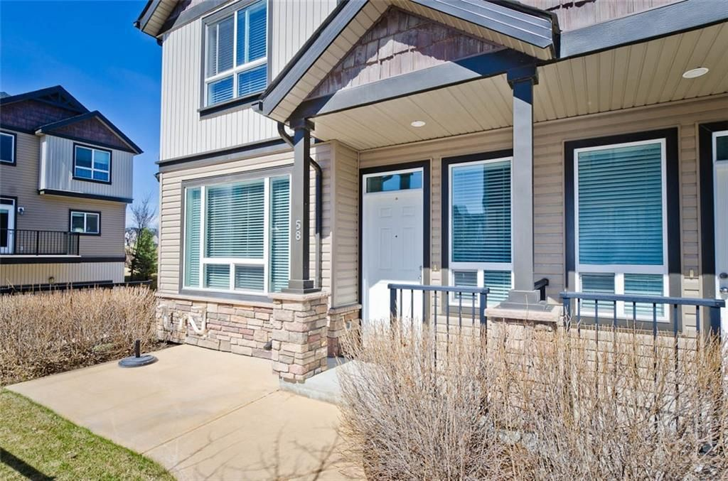 Main Photo: 58 KINCORA Heath NW in Calgary: Kincora Row/Townhouse for sale : MLS®# C4303570