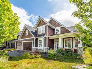 "Photo 1: 1019 JAY Crescent in Squamish: Garibaldi Highlands House for sale in ""Thunderbird Creek"" : MLS®# R2375998"