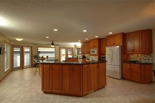 Photo 7: 2018 56 Avenue SW in Calgary: North Glenmore Park Detached for sale : MLS®# A1153121