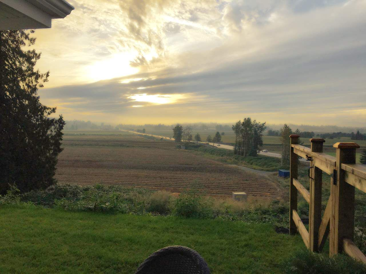 """Main Photo: 211 16380 64 Avenue in Surrey: Cloverdale BC Condo for sale in """"The Ridge at Bose Farm"""" (Cloverdale)  : MLS®# R2545629"""