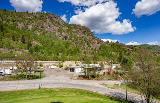 Main Photo: 4001 CARNATION DRIVE in Trail: Retail for sale : MLS®# 2458624