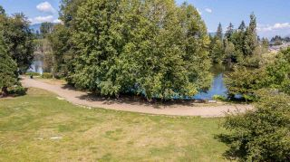 Photo 4: 1213 COTTONWOOD Avenue in Coquitlam: Central Coquitlam House for sale : MLS®# R2292834