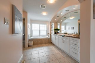 Photo 36: 908 THOMPSON Place in Edmonton: Zone 14 House for sale : MLS®# E4259671