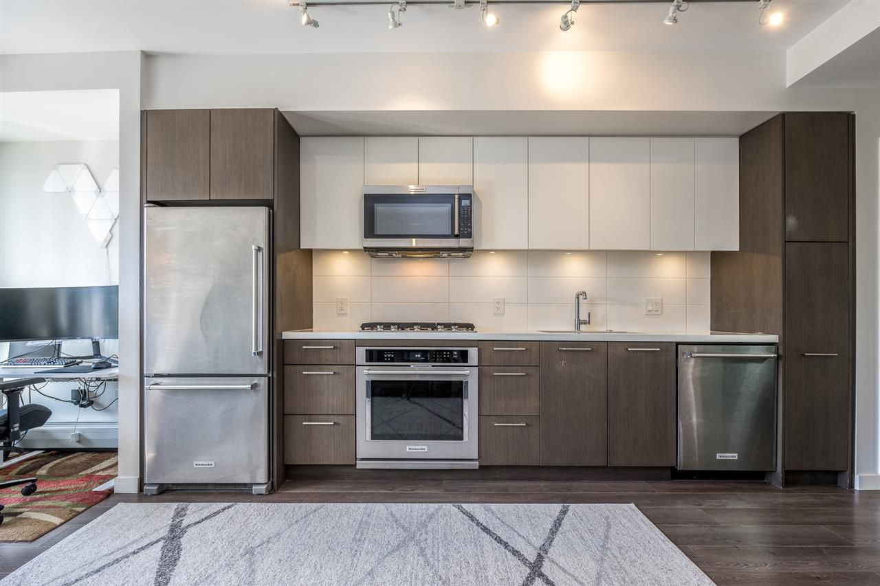 """Main Photo: 503 417 GREAT NORTHERN Way in Vancouver: Strathcona Condo for sale in """"CANVASS"""" (Vancouver East)  : MLS®# R2555631"""