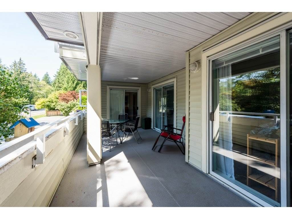 """Photo 16: Photos: 201 9626 148TH Street in Surrey: Guildford Condo for sale in """"Hartfood Woods"""" (North Surrey)  : MLS®# R2329881"""