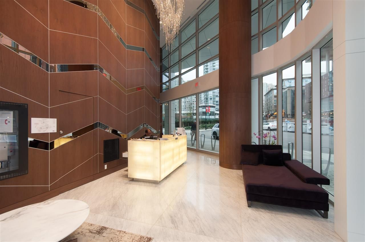 """Photo 6: Photos: 1908 68 SMITHE Street in Vancouver: Downtown VW Condo for sale in """"1 PACIFIC"""" (Vancouver West)  : MLS®# R2216431"""