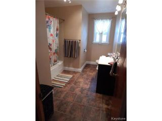 Photo 6: 646 Government Avenue in WINNIPEG: East Kildonan Residential for sale (North East Winnipeg)  : MLS®# 1424199