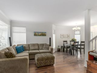 """Photo 11: 53 4756 62 Street in Delta: Holly Townhouse for sale in """"ASHLEY GREEN"""" (Ladner)  : MLS®# R2130186"""