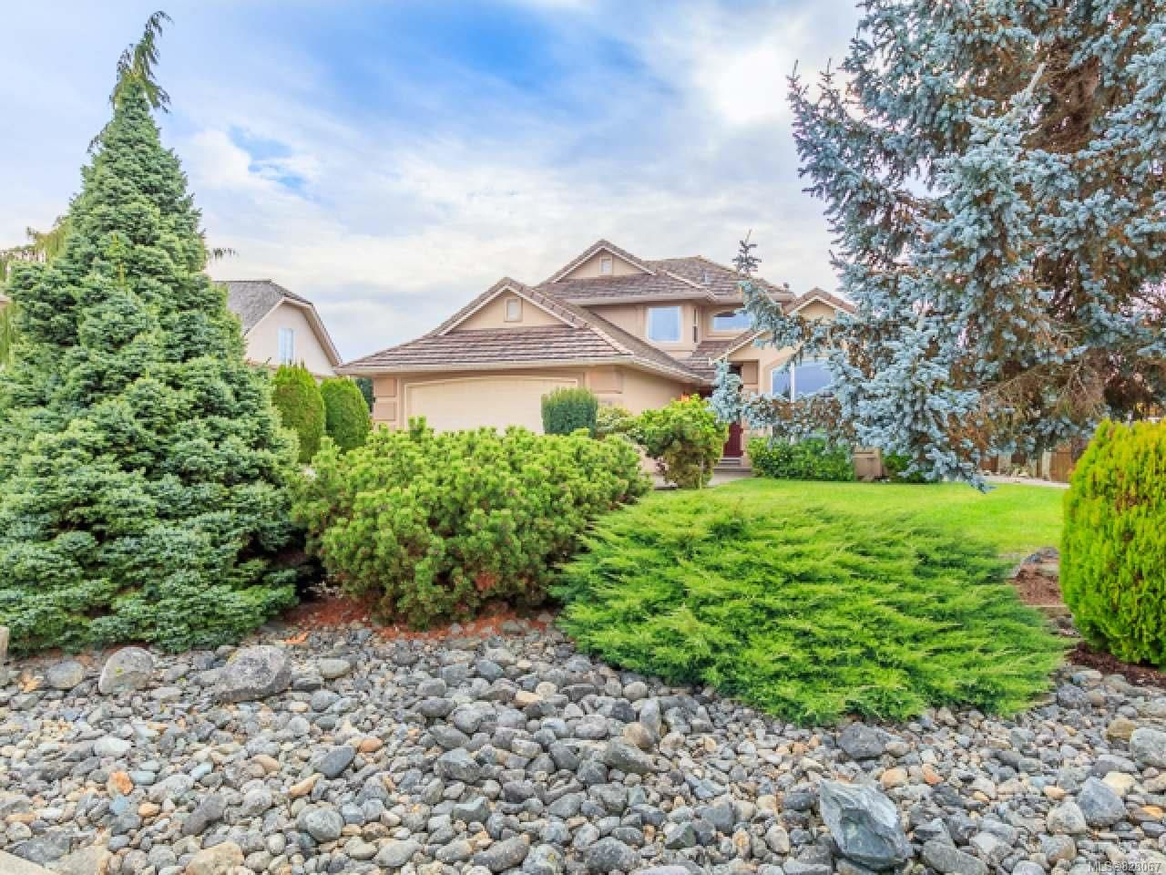 Main Photo: 1096 AERY VIEW Way in PARKSVILLE: PQ French Creek House for sale (Parksville/Qualicum)  : MLS®# 828067