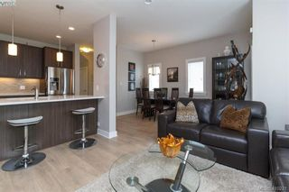 Photo 6: 1030 Boeing Close in VICTORIA: La Westhills Row/Townhouse for sale (Langford)  : MLS®# 813188
