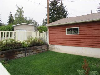 Photo 18: 5735 LADBROOKE Drive SW in Calgary: Lakeview House for sale : MLS®# C4031182
