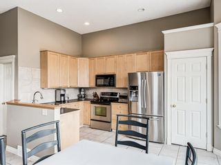 Photo 10: 4339 2 Street NW in Calgary: Highland Park Semi Detached for sale : MLS®# A1092549