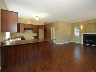 Photo 3: 3343 Merlin Rd in Langford: La Luxton House for sale : MLS®# 655013