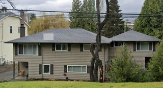 Photo 3: 3360 - 3362 HENRY Street in Port Moody: Port Moody Centre Duplex for sale : MLS®# R2610811