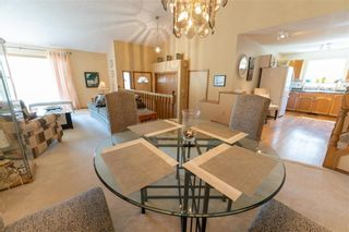 Photo 6: 15 Calder Bay in Winnipeg: Richmond West Residential for sale (1S)  : MLS®# 202108568
