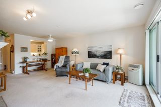 """Photo 2: 215 20448 PARK Avenue in Langley: Langley City Condo for sale in """"James Court"""" : MLS®# R2606212"""