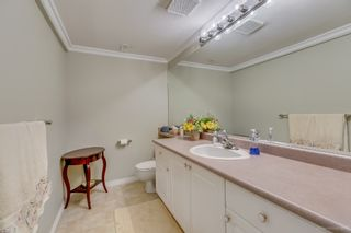 """Photo 24: 2 5201 OAKMOUNT Crescent in Burnaby: Oaklands Townhouse for sale in """"HARLANDS"""" (Burnaby South)  : MLS®# R2161248"""