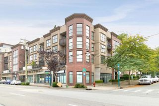 """Photo 1: 2012 84 GRANT Street in Port Moody: Port Moody Centre Condo for sale in """"THE LIGHTHOUSE AT ROCKY POINT PARK"""" : MLS®# R2500984"""