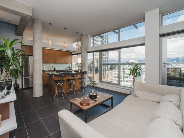 FEATURED LISTING: 902 - 33 PENDER Street West Vancouver
