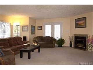 Photo 2:  in VICTORIA: La Florence Lake House for sale (Langford)  : MLS®# 424332