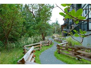 Photo 11: 403 286 Wilfert Rd in VICTORIA: VR Six Mile Condo for sale (View Royal)  : MLS®# 645295