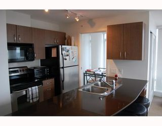 "Photo 5: 2910 610 GRANVILLE Street in Vancouver: Downtown VW Condo for sale in ""THE HUDSON"" (Vancouver West)  : MLS®# V788589"