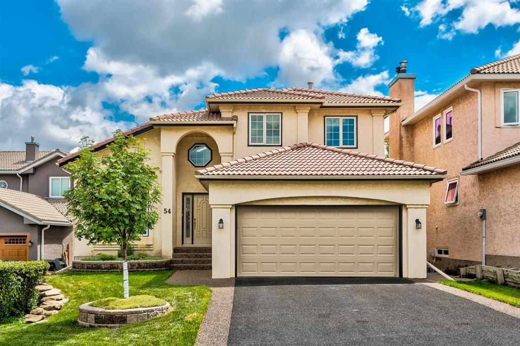 Main Photo: 54 Signature Close SW in Calgary: Signal Hill Detached for sale : MLS®# A1138139