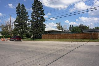Photo 2: 1540 45 Street SE in Calgary: Forest Lawn Detached for sale : MLS®# A1129031