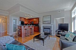 Photo 7: 9020 JASPER AV NW in Edmonton: Zone 13 Condo for sale : MLS®# E4122786