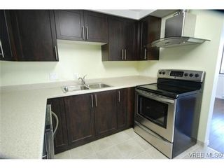 Photo 6: 404 420 Linden Ave in VICTORIA: Vi Fairfield West Condo for sale (Victoria)  : MLS®# 627566