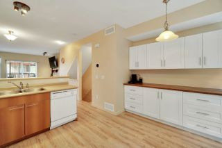 """Photo 3: 30 2000 PANORAMA Drive in Port Moody: Heritage Woods PM Townhouse for sale in """"Mountain's Edge"""" : MLS®# R2597396"""